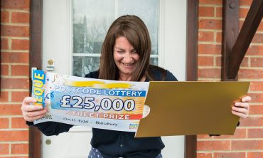 Tracy from Blewbury won £25,000 and cannot believe her luck!