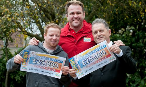 Scott Quinnell meets our lucky Saturday Street Prize winners from Henstridge, Charles and Michael