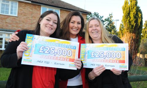 Rainham £25,000 winners Mary and Jacqueline, along with People's Postcode Lottery presenter Judie McCourt