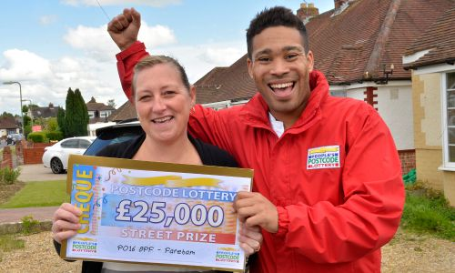 Our Saturday Street Prize winner Zoe Ayling was stunned to be presented with a £25,000 cheque by Danyl Johnson