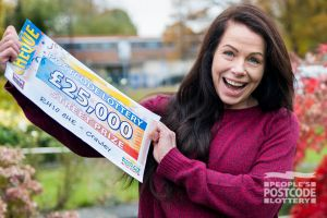 Winner Susannah with her fantastic £25,000 cheque