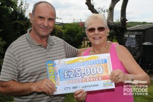Whitstable winners Colin and Sheila and their winning cheque