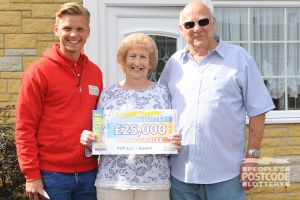 Jeff Brazier with happy winners Maureen and Rodger