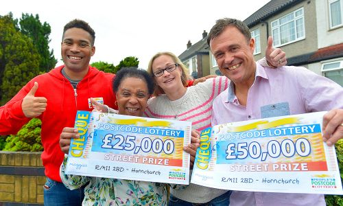Danyl with our happy Hornchurch winners and their whopping cheques!