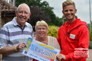 Winner Brian with his wife and Street Prize Presenter Jeff Brazier