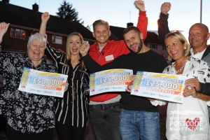 All of the Basildon winners celebrating with their fabulous cheques and Street Prize Presenter Jeff Brazier