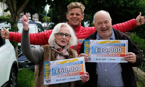Jeff with our lucky Hove Street Prize winners
