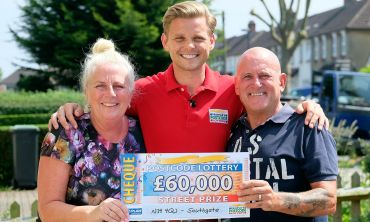 Lucky winner Anthony with his wife Kathie and Street Prize Presenter Jeff Brazier