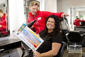 Jeff visited Natalie in her hair salon to deliver her fantastic cheque
