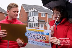 Winner Jeanette finds out she scooped an amazing £30,000