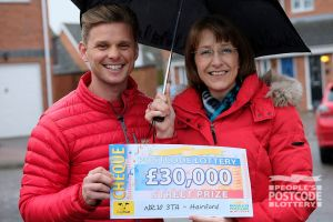 Jeanette with Street Prize Presenter Jeff Brazier
