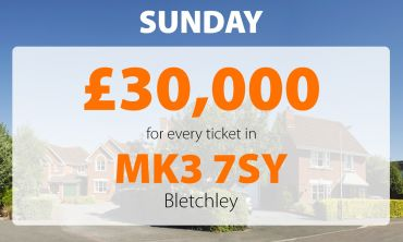 Two Bletchley players have won fabulous £30,000 prizes in Sunday's Street Prize
