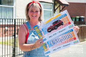 Sharon couldn't believe she'd scooped a big cash prize, but was doubly shocked when she realised she'd won a car too!