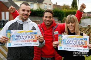 Street Prize Presenter Danyl Johnson handed over £30,000 cheques to mother and son Nikki and Aaron
