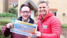 Higham Ferrers winner Robert with Street Prize Presenter Jeff Brazier