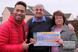 Raymond and his wife Beryl are going to go on a cruise with their prize money