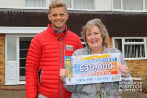Andrea with Street Prize Presenter Jeff Brazier