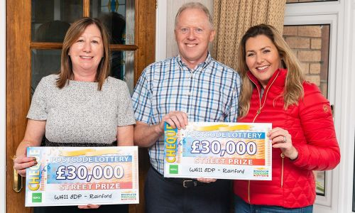 Stephen and Paula with Street Prize Presenter Judie McCourt