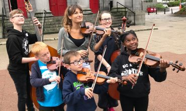 Joined by world-renowned violinist Nicola Benedetti, 350 young musicians are involved in the Super Strings Sessions