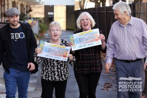 Our lucky Eltham players celebrating a whopping Street Prize win