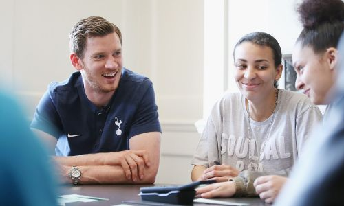 Jan Vertonghen helping out at a Foundation event