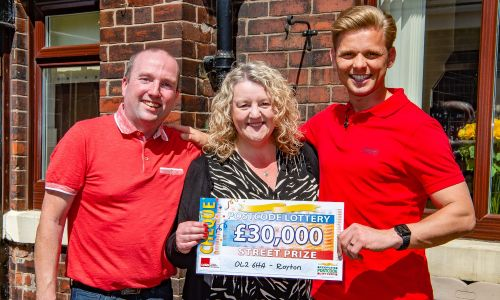 Louise and her husband David with Street Prize Presenter Jeff Brazier