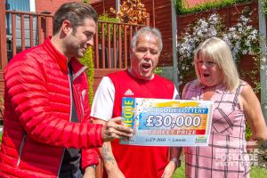 Amanda and her husband Peter were amazed at what they won when Matt revealed their cheque