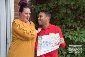 Dawn couldn't believe how much she'd won when Danyl revealed her cheque