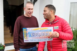 Our winner Martin was totally gobsmacked when Danyl unveiled his incredible cheque!