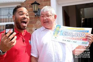 Danyl revealed prizewinner Sharon's cheque over the phone with her partner Michael