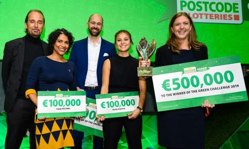 Last year's Green Challenge winner, Sofie Allert, collected a €500,000 cheque for Swedish Algae Factory