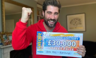 Today's £30,000 Street Prizes are heading to three lucky neighbours in Edinburgh